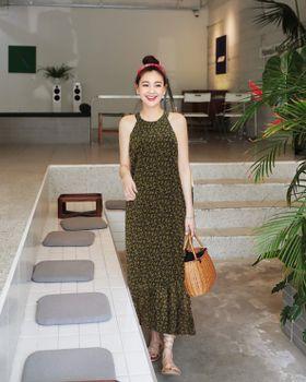 Đầm Maxi Cổ Yếm Thời Trang