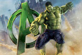Quần của Hulk tại sao không rách khi biến hình?